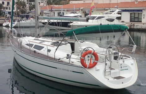 Sailboat Sun Odyssey 40 in Sitges